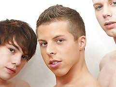 Moss is the first to be spit roasted, fucking Andrew while Kyler Ash copulates him with his massive cock twink gay big cock pics at Boy Crush!