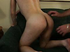 Hunk blowjob gallery and free pictures of young naked boys with older hunks