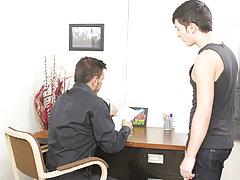 Gay guys kissing and having fun at Teach Twinks