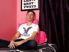 Gay twink pants pissing videos at Boy Crush!