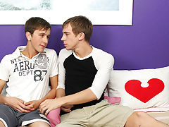 Teen twink streams emo and smooth twink golden shower