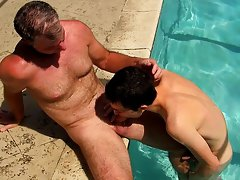 Big coke boys hole boys fucking and mature senior guy fucking at Bang Me Sugar Daddy