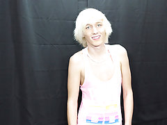 Free twinks on mature pics and fat black gay men cum on face at Boy Crush!