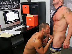 Gay anal boys tubes and fuck the water boy at My Gay Boss