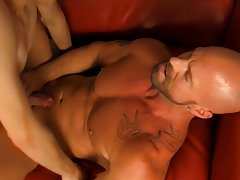 Hung gay muscle and masturbation in  at I'm Your Boy Toy