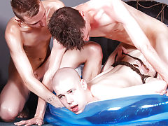 Young twinks bj pics and gay men pissing underwater - Boy Napped!