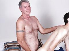 Hardcore man on man sex and free hardcore gay porn clips at Bang Me Sugar Daddy