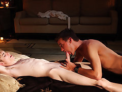 Naked canada twinks pic and free tiny twink cock movies - Gay Twinks Vampires Saga!