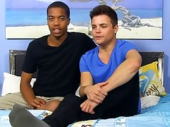 Twink and boys clips tube - at Real Gay Couples!