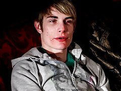 Shaved twink video galleries and hairless twink double penetration - Gay Twinks Vampires Saga!