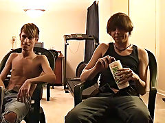 Twinks down dicks pics and mature men twinks tales - at Boy Feast!