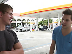 In this weeks out in public update...were off doing our thing me and the homie from california...so were hanging by the gas station and man he had to