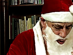 The legendary figure delivered such a legendary blowjob that a boy could not resist the urge to try Santa's skills at ass fucking gay mature pics