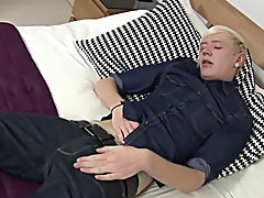 UK lad Phoenix lays on the badroom table and uses 2 hands to jerk off the mark most guys jerk off