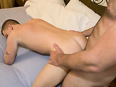 Gay rookie Luke came to us with his fantasy of being nailed via his favorite hung stud porn star, so we bound him by means of bringing to Parker and h