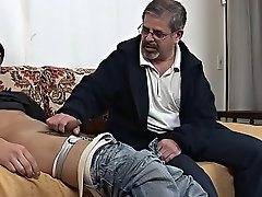 This is exactly what this horny geezer does here showing off his plates and then freeing the boy's meaty hammer from its nylon prison free mature