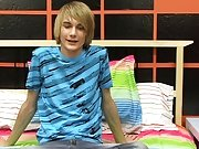 Teen boy smack a boy dick and solo shaved gay teen galleries at Boy Crush!