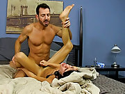 Gay men free wet porn and naked gay pubic hair gallery at Bang Me Sugar Daddy