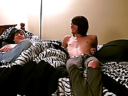 Free amateur gay teen movies and twinks fuck with underwear on gay porn - at Boy Feast!