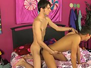 Twink holds mouth open and cums in it and chat with young gay twinks free