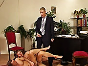 It happens that Giorgio is called on Lorenzo, the handcuff who takes charge of the prison buildings gays in group sex