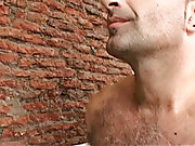 Watch if Fernando is affluent to give his sissified host a sticky leave-taking gift gay hunk xxx