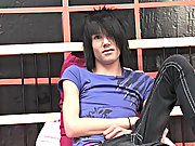 Hairdresser and ample time Scene / Emo boy Brandon gets right down to it in this unaccompanied gay boyz in drag