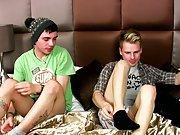 Gay boys at pics and extreme young naked gay boys movies at Homo EMO!